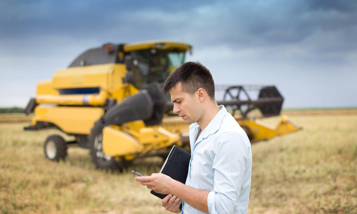 What does Macra na Feirme want for young farmers in 2017?