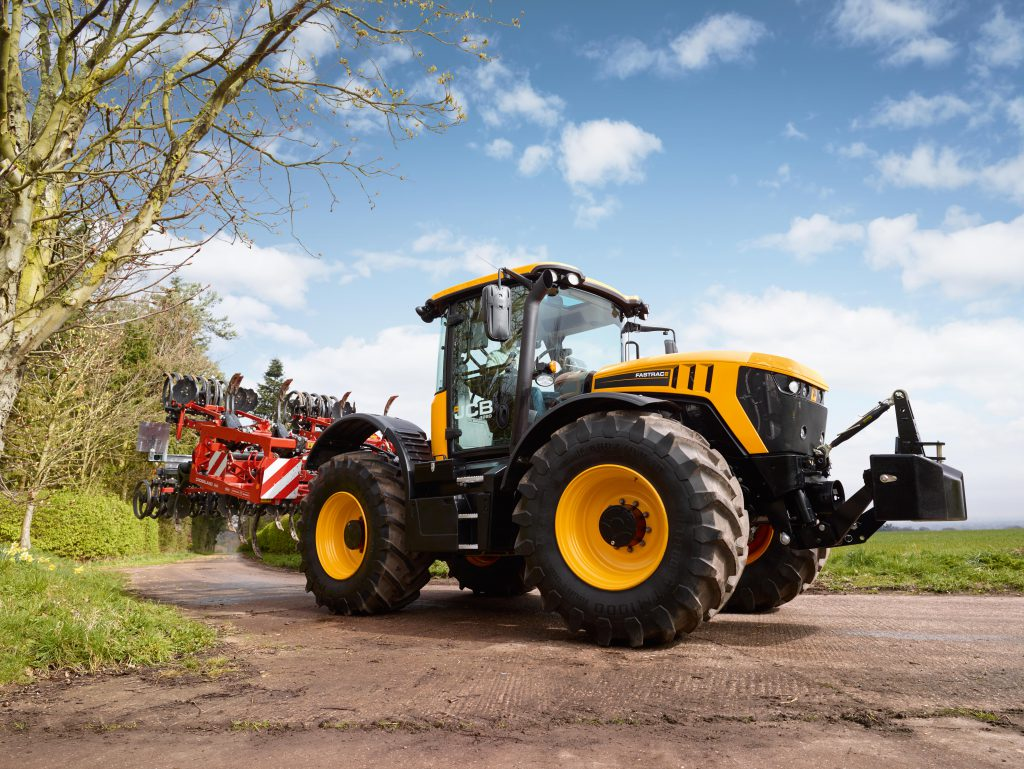 2013 - the Fastrac 4000 Series is previewed at Agritechnica. Pictured here is the 4220