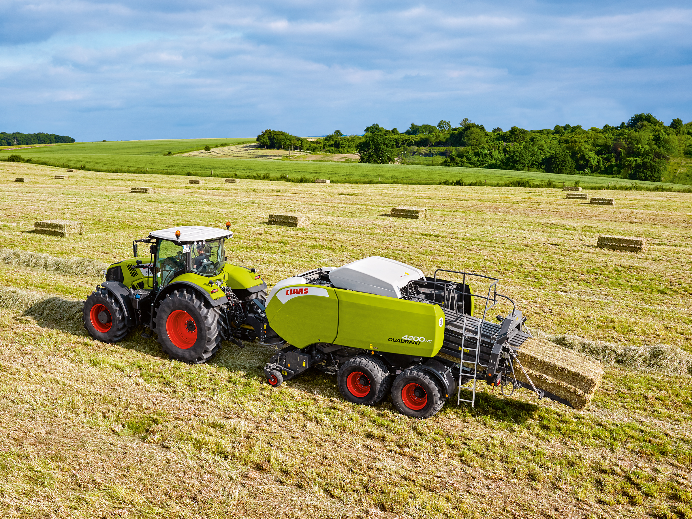 Pics Claas Unveils New Additions To Its Baler Range
