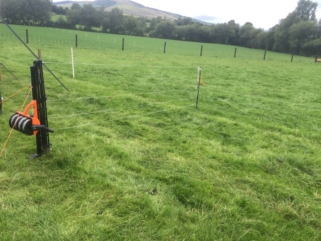 The Gallagher smart fence costs €2.70/m to erect.