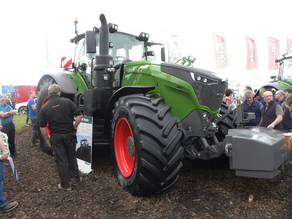 6 Of The Most Expensive Machines On Show At Ploughing 2016 Agriland