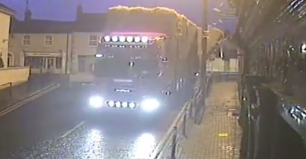 Video: Traffic chaos as lorry sheds its load of hay