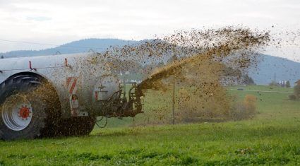 Farmers have until Saturday to apply for a slurry spreading extension