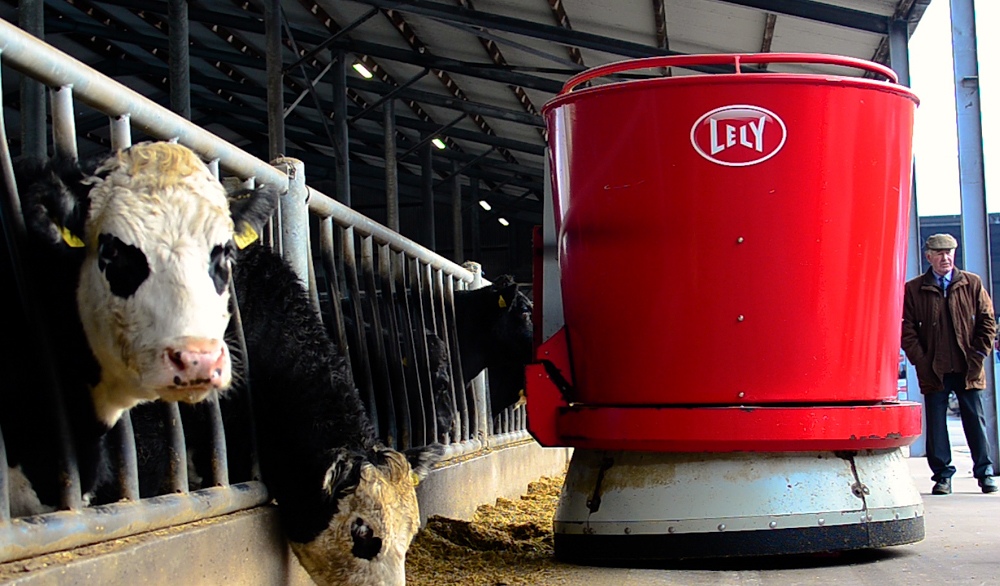 Video: A robotic feeding system with a difference in Co. Cork