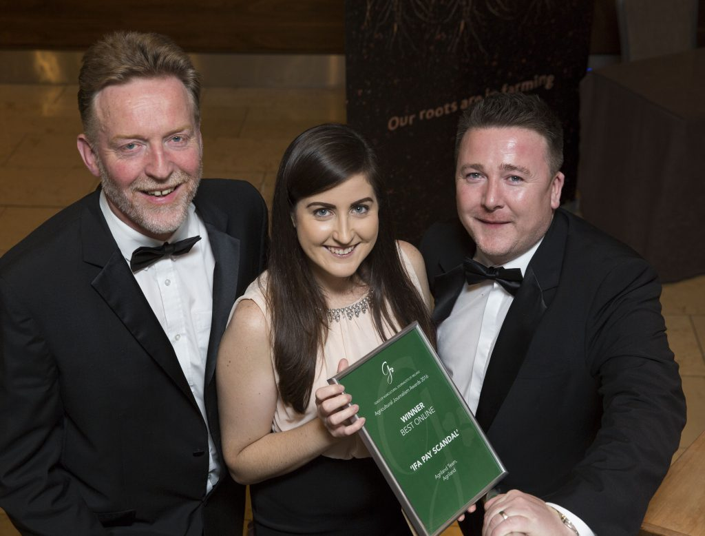 wins best online category at agri journalism awards richard halloran amy forde and cormac farrelly of agriland