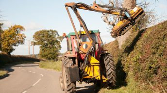 Landowners reminded of hedge-cutting duties over coming months