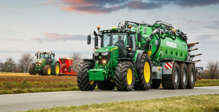 John Deere adds two new 'top of the range' tractors to the 6R Series