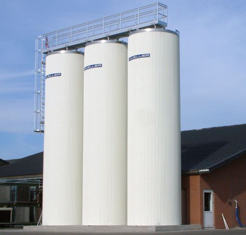 Three 55,000L Mueller Silos were also installed on a farm in Germany
