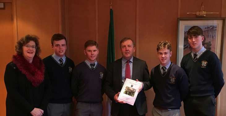 Students highlight importance of farm safety in meeting with Minister Creed