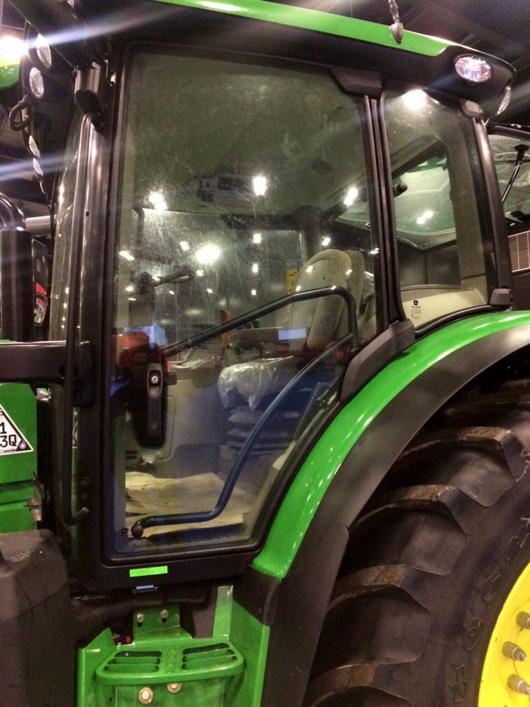 4 Door Tractor : John deere opens up at ftmta farm machinery show