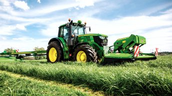 John Deere and New Holland had the most number of tractors licensed in 2016