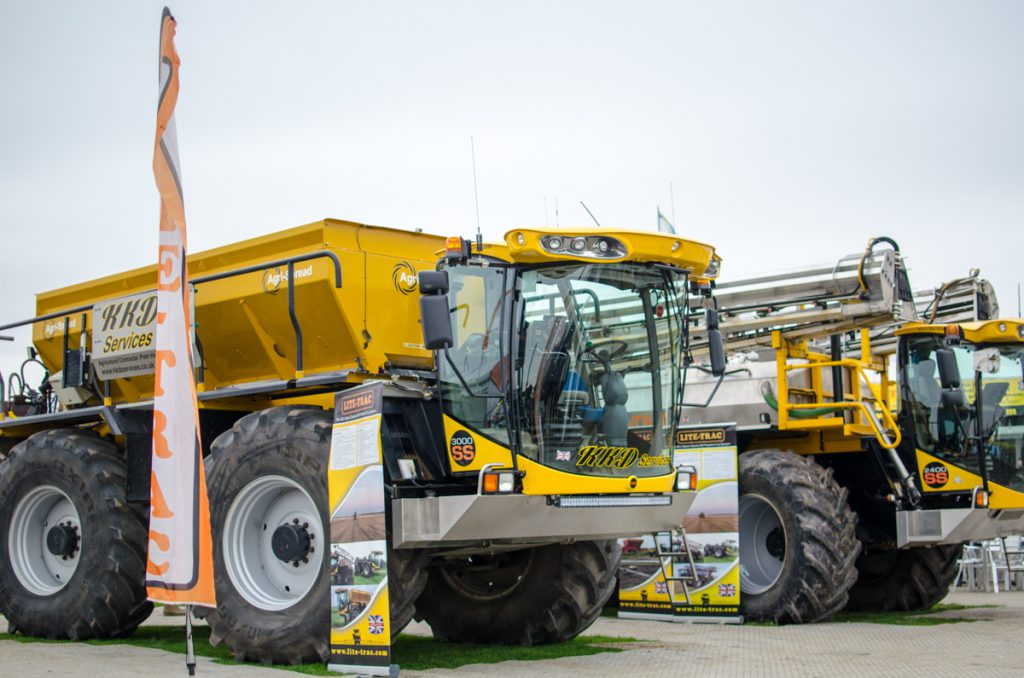 Lite-Trac SS 3000 Tool Carrier tractor