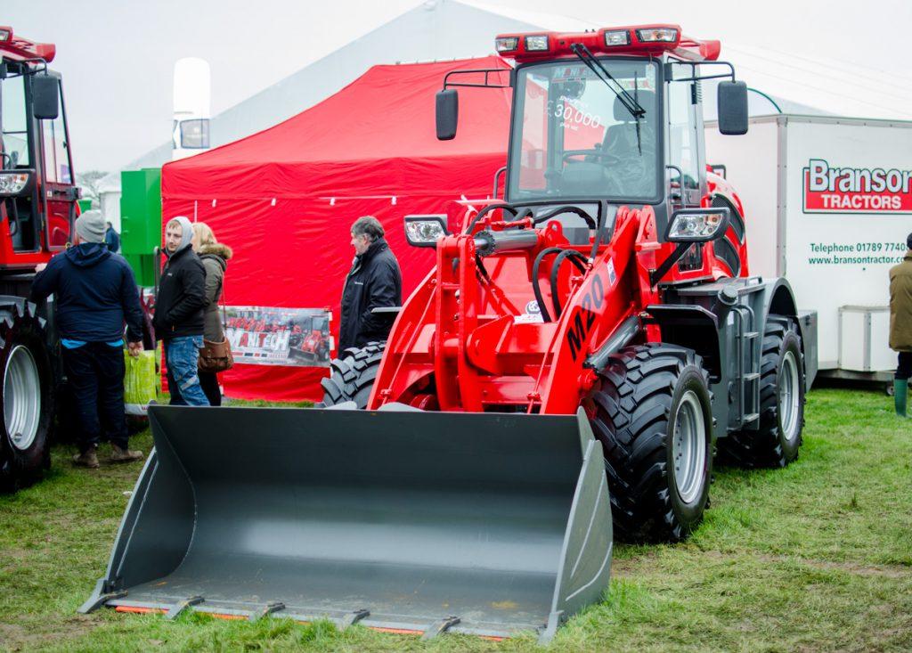 Manitech M20 loading shovel