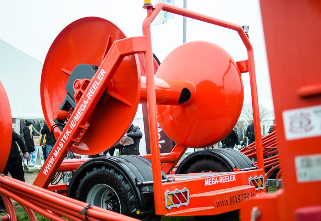 The Mega Reeler forms the basis a high-capacity umbilical spreading system.
