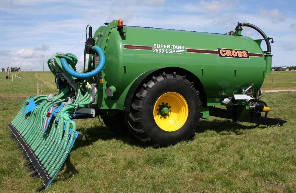 Cross Agricultural Engineering slurry tanker