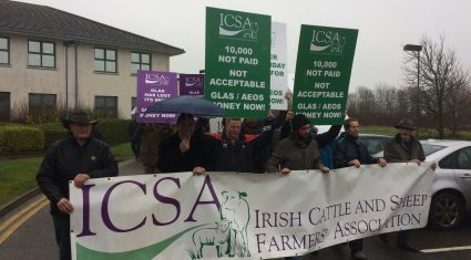 Pics: ICSA protest calling for outstanding GLAS payments to issue to farmers