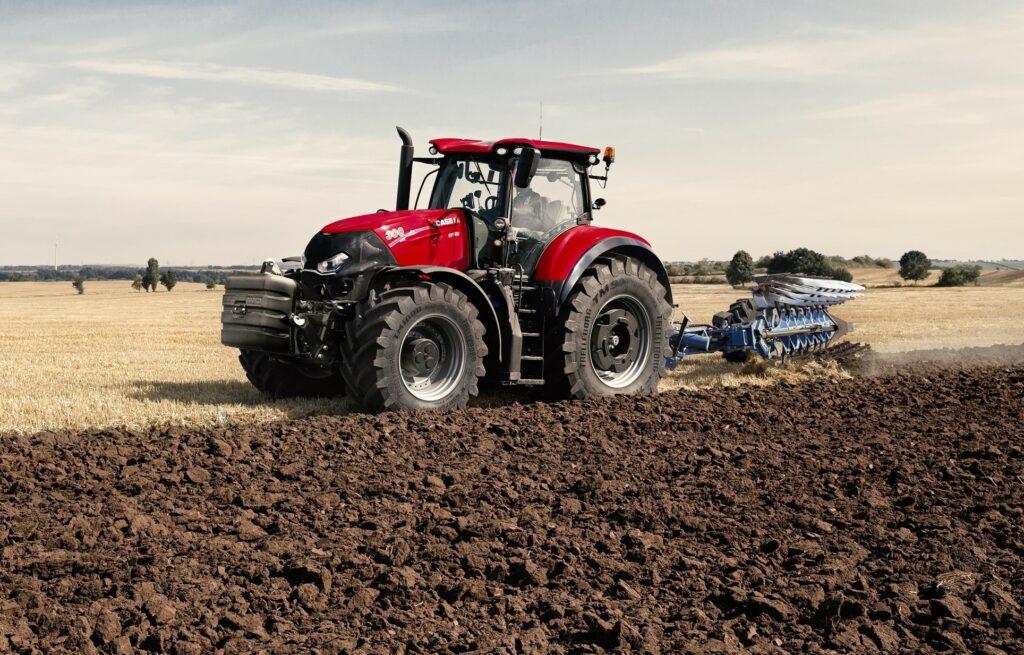 Case IH Optum CVX 300 tractor