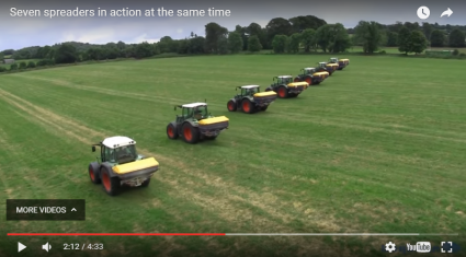 7 fertiliser spreaders and Fendt tractors in one field…in Co. Offaly