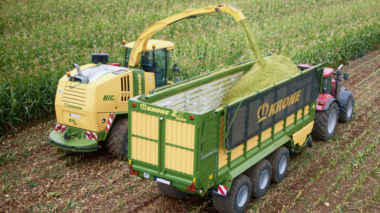 Krone looks to Liebherr for muscle –  for its 'mid-sized' foragers