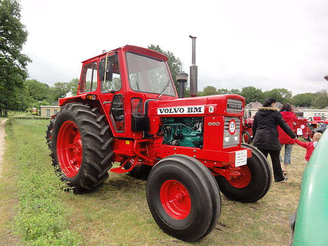 Throwback to the original Volvo BM tractors