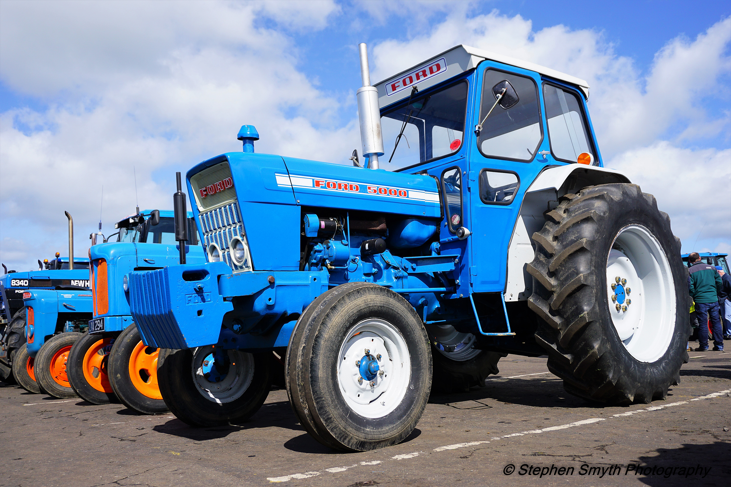 Big Ford Tractors : Pics machinery and childhood memories abound at huge ford