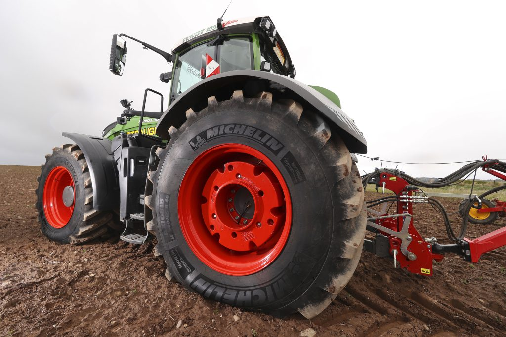 Just what tyre do you fit to a tractor of this stature for Big tractor tires for free
