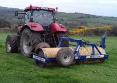 Farmers urged to roll their silage ground 'to minimise machine risk'