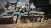 Video: Pulling a set of discs…with your combine