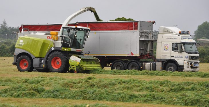 Should you pay extra for a 'long draw' at silage time?