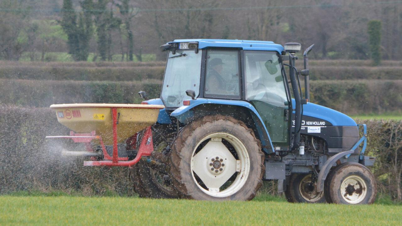 Farmers urged to shop around before purchasing fertiliser