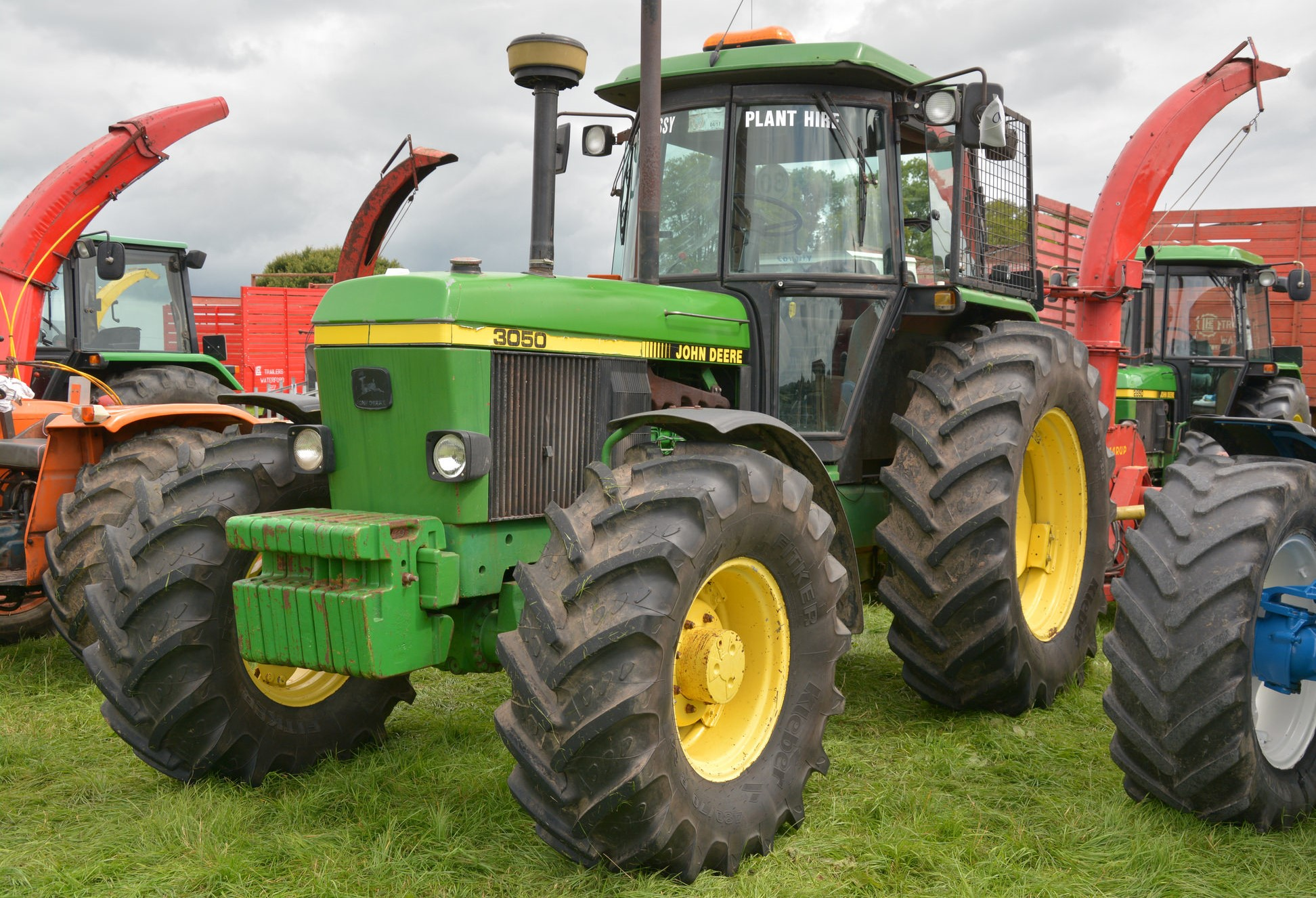 Most Popular John Deere Tractor : Irish tractor population which brands come out on top