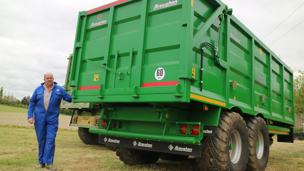 See how this trailer and machinery hire business works