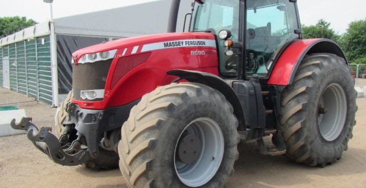 Pics: European buyers to the fore at major UK tractor auction