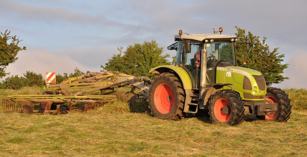Silage, Raking, Claas