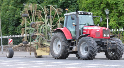 Revealed: The 5 causes of most machinery accidents on the road