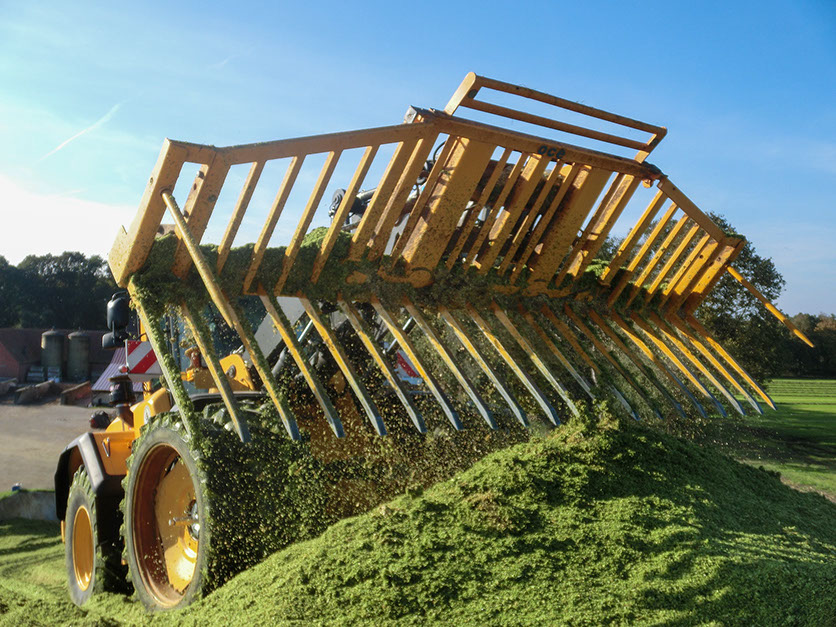 Monster 18ft silage fork offered by Irish company