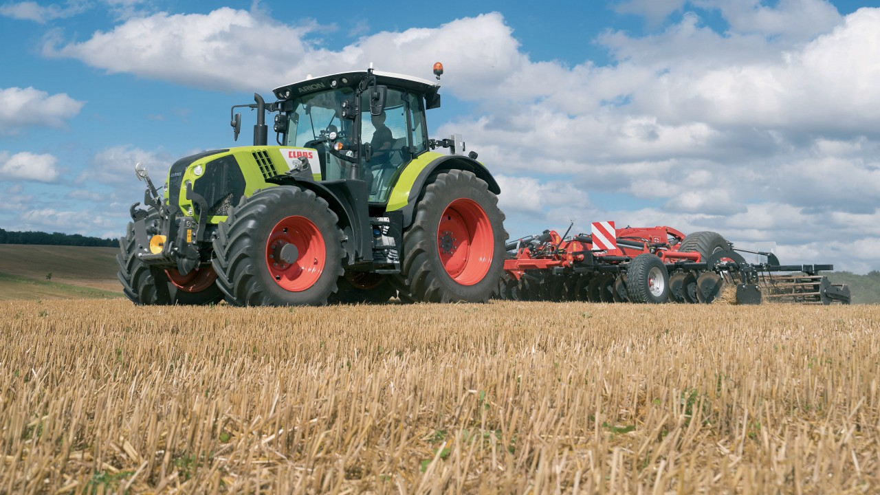 Pics: Claas updates its Arion 600 and 500 series tractors