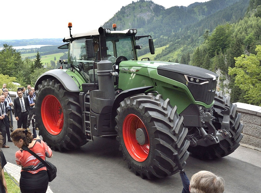 2015 Challenger >> When is a Fendt not a Fendt? - Agriland