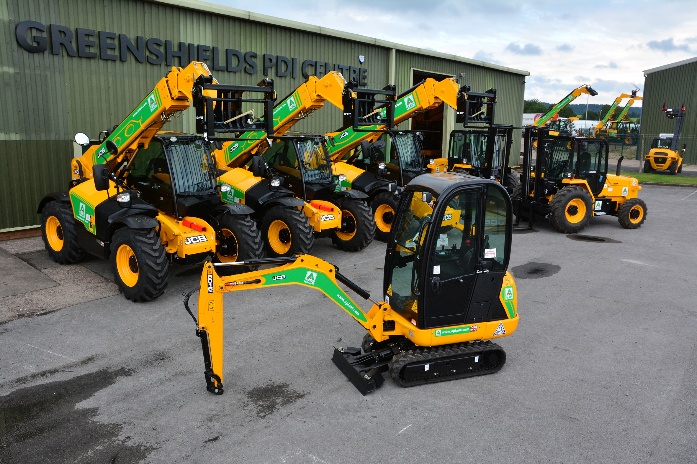JCB gets order for 1,200 machines in €60 million deal - Agriland ie
