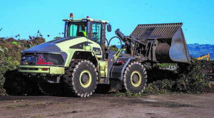Volvo hybrid loading shovel 'boosts fuel efficiency by 50%'