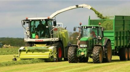 Call for 'grass women' to break records at silage event