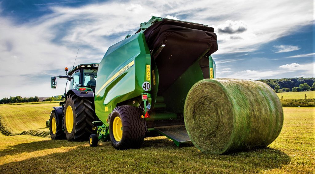 pics new round balers from machinery giant john deere agriland ie