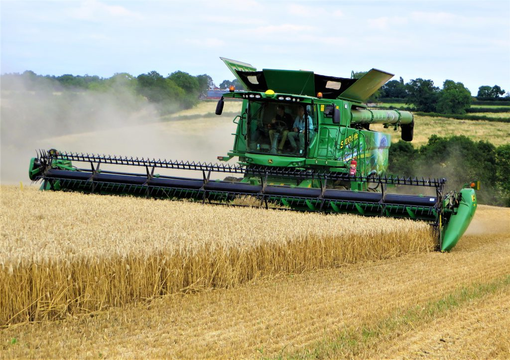 John Deere S700, Howard Emmett weighs up the running costs of a new combine
