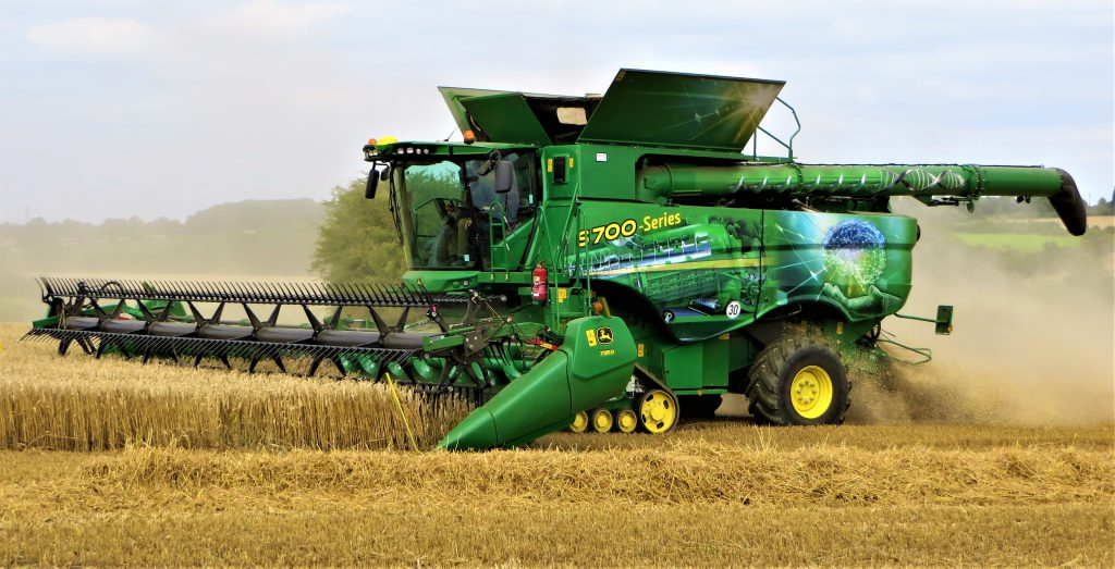 John Deere Combine >> New Deere S700 Can This Combine Do The Thinking For You Agriland Ie