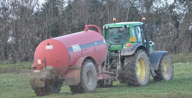 Ruling out slurry spreading deadline extension 'reckless in the extreme'