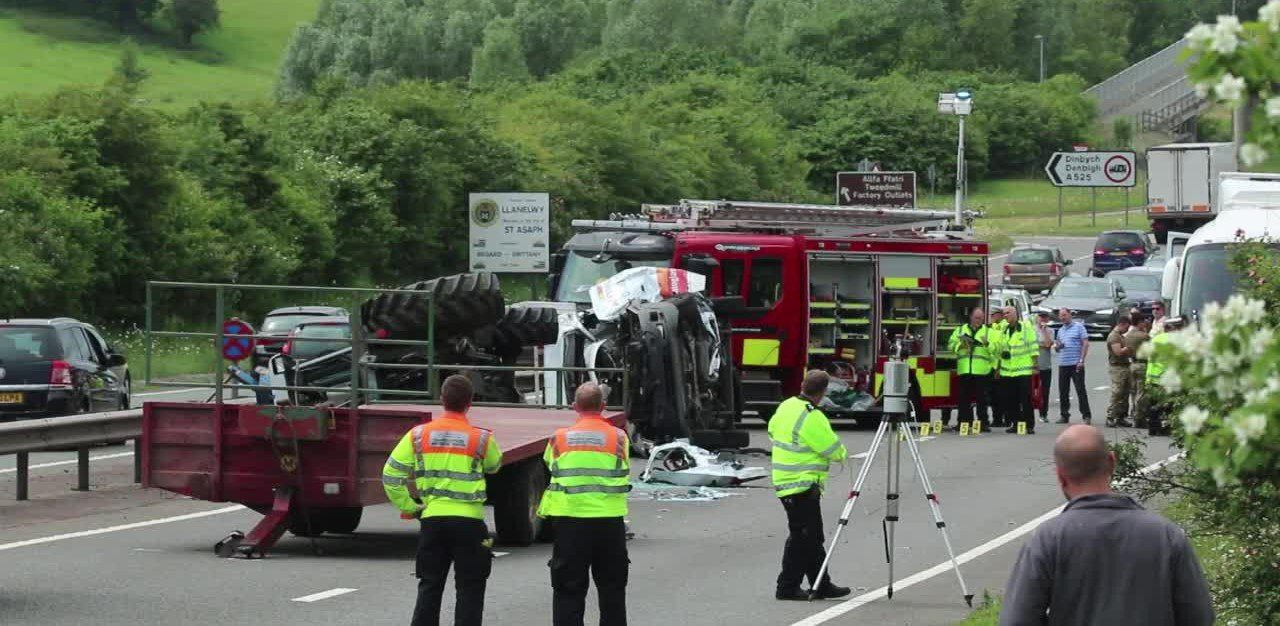 400 fatal on-road accidents in the EU each year involving farm machinery