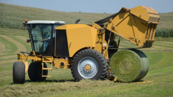 Self-propelled round baler arrives: It's a reality