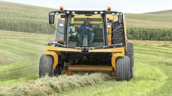 Latest self-propelled round baler 'makes good operators even better'