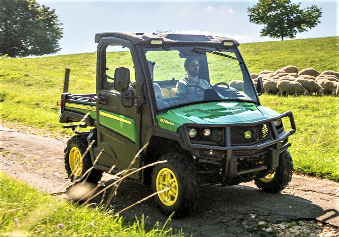 39 watch out for the gators 39 john deere to expand gator. Black Bedroom Furniture Sets. Home Design Ideas