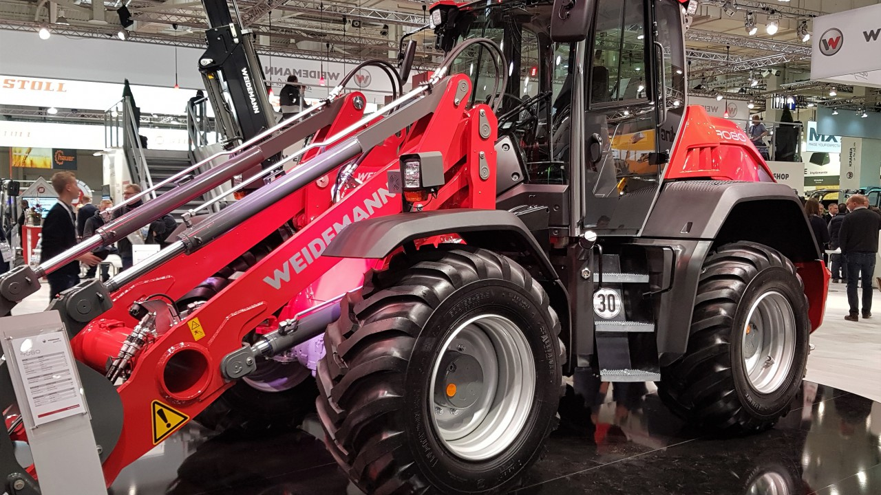 Pics: Agritechnica 2017 opens its doors to the world…with a flurry of new machines